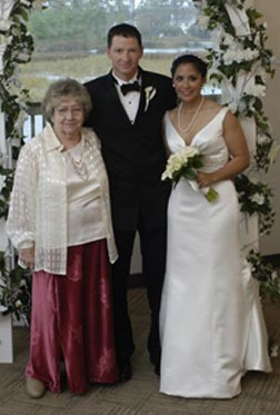 Matt & Nina with Grandma Vandervort
